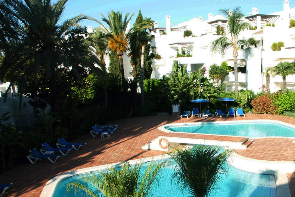 Three Bedroom Penthouse In Marbella Centre Mepm Property